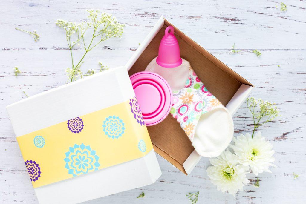 Menstruationstassen, Einlagen oder Tampon Beratung zu Menstruations- und Intimhygiene